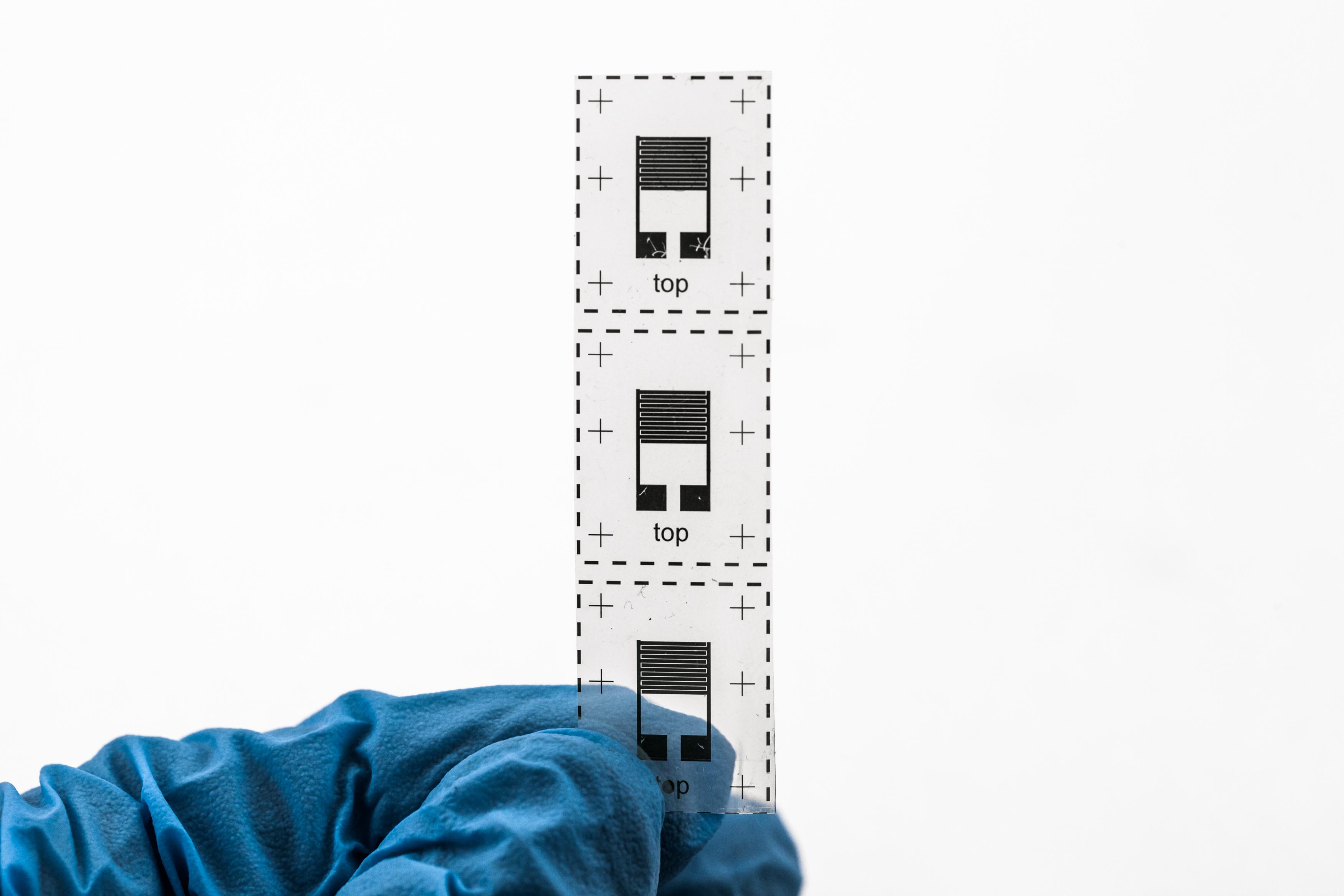 Chip stampati su polimero